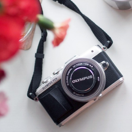 Birthday Gift Guide - Olympus Pen