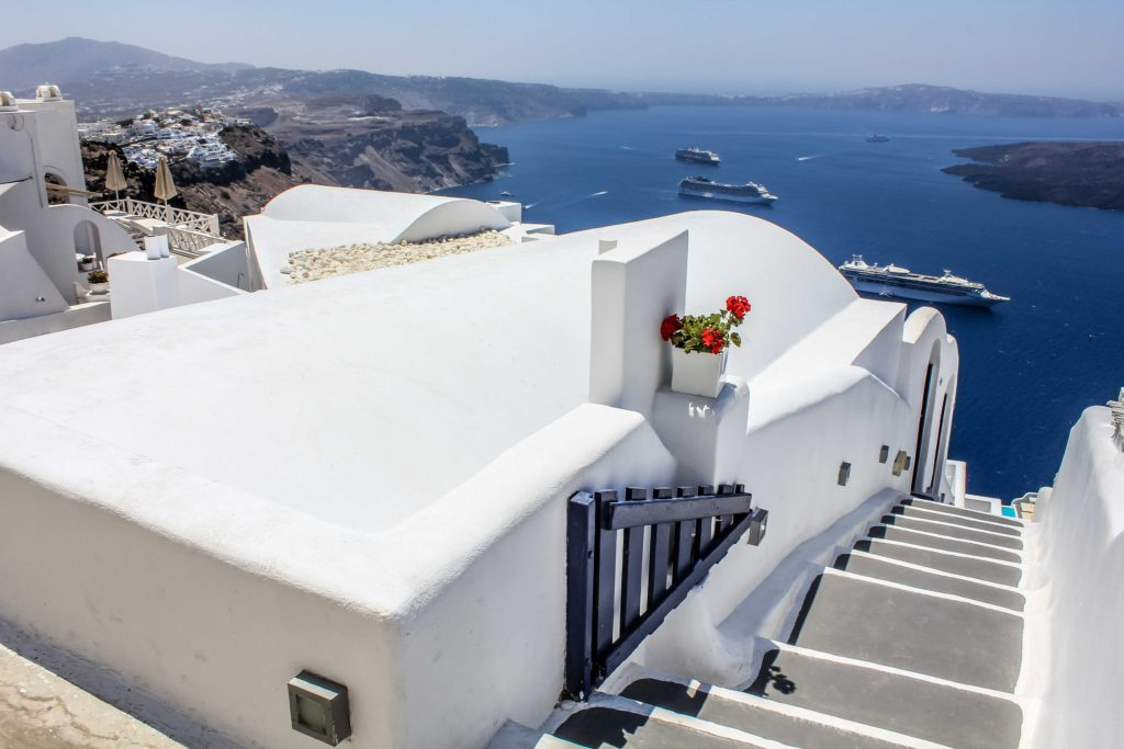 Santorini - CalmlyKaotic